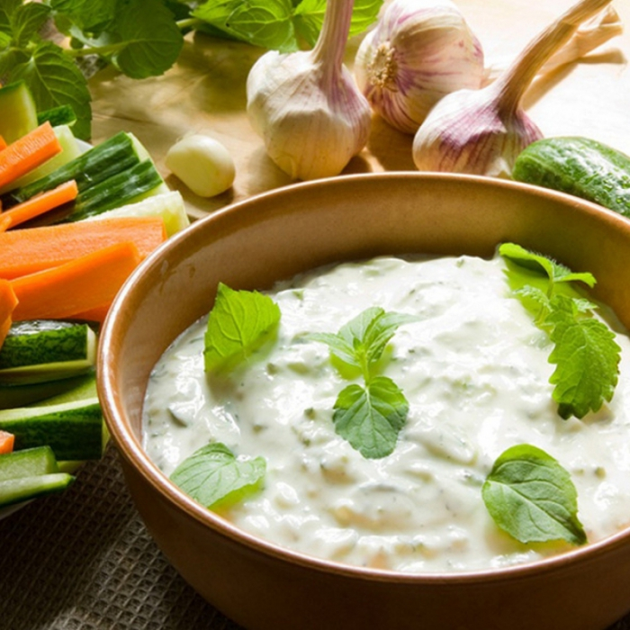 Цацики - соус из йогурта и свежего огурца